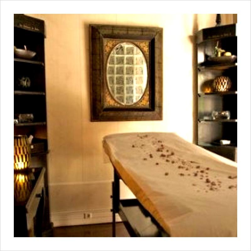 the best spas in paris thebestparis. Black Bedroom Furniture Sets. Home Design Ideas